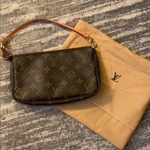 Authentic Louis Vuitton Pochette Bag